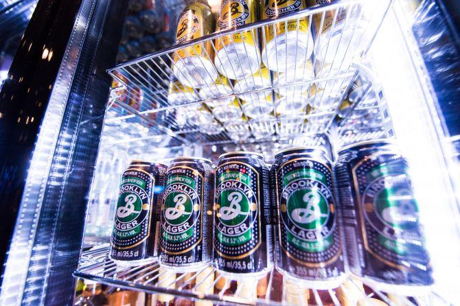 Brooklyn Lager e a Brooklyn East IPA também serão vendidas em latas. Foto: Divulgação