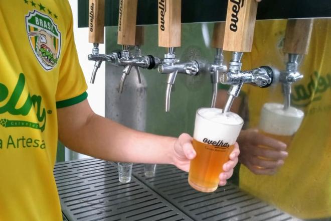 IPA da cervejaria Ovelha é eleita melhor cerveja de Curitiba