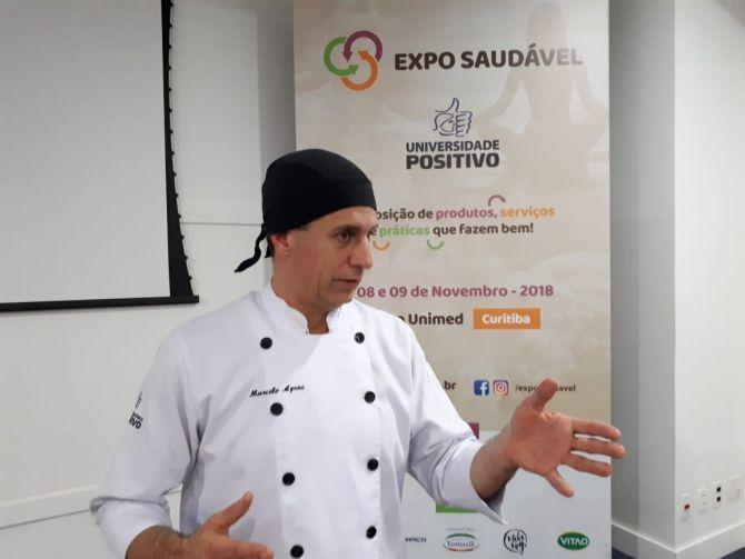 O professor Marcelo Apene foi um dos primeiros do Paraná a pesquisar o uso da farinha de uva na gastronomia. Foto: Guilherme Grandi/Gazeta do Povo.