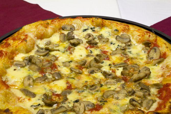 Pizza Zola e Funghi da Mercearia Bresser. Foto: divulgação