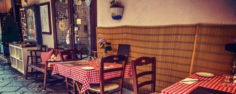 Típico restaurante em Sorrento, no Sul da Itália. Foto: Bigstock.