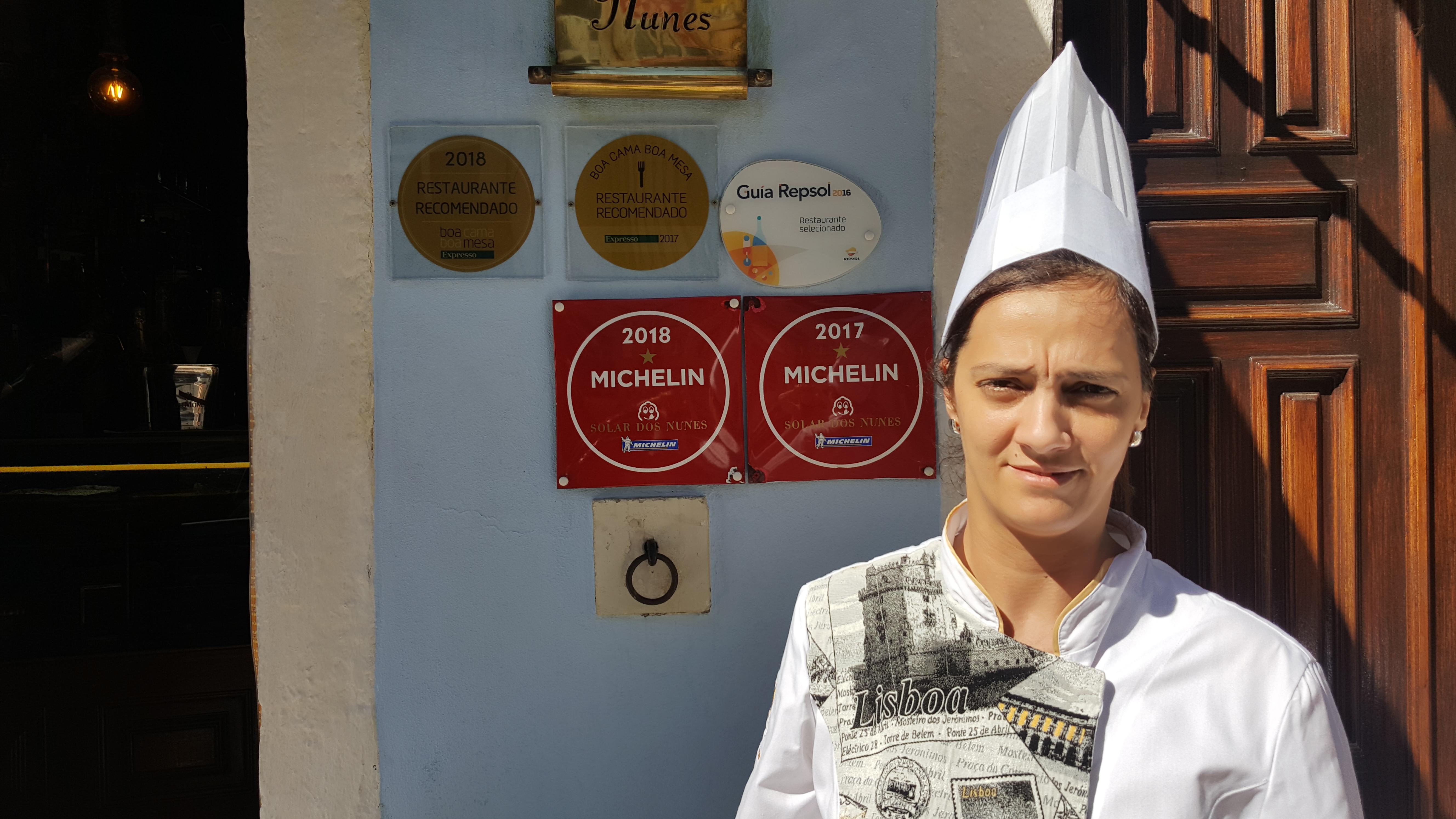 A chef Sonia Santos, que há 20 anos comanda a cozinha do Solar, em Lisboa.