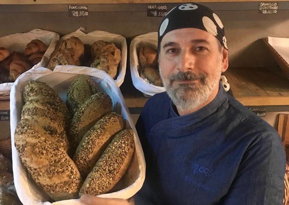 Na Mediterrain, em São Paulo, Ricardo prepara apenas 100 pães por dia. Foto: divulgação.