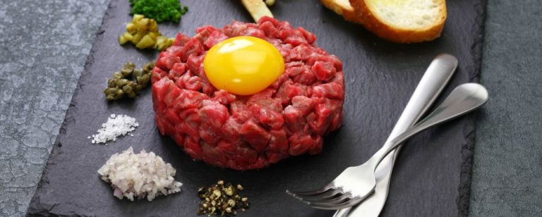 Steak tartare/Bigstock.