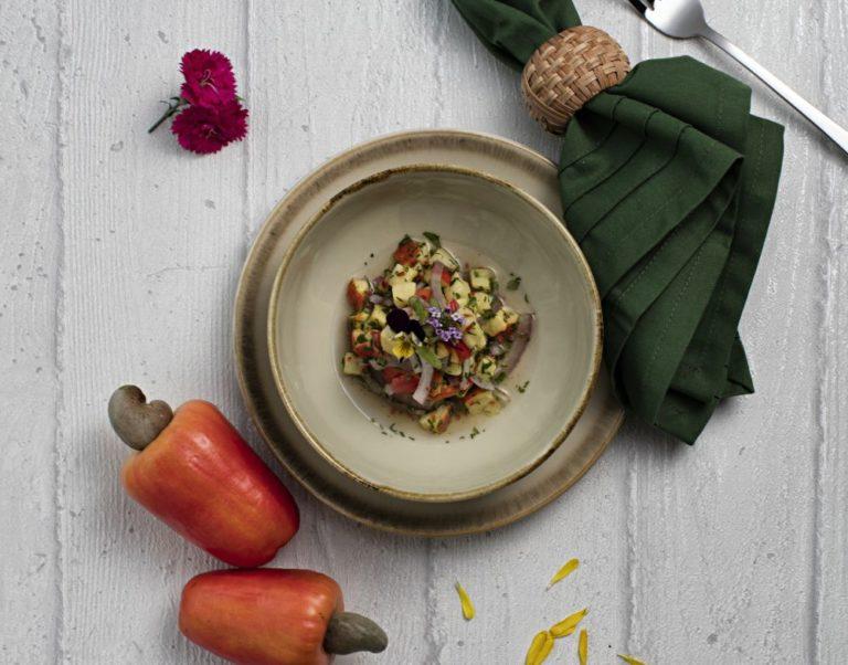 Sabor nativo: aprenda a usar frutas brasileiras em preparos salgados