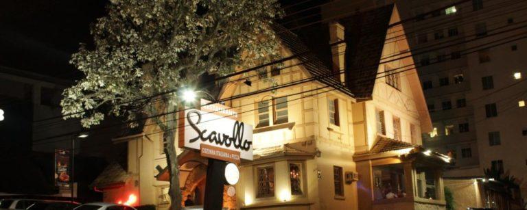 O casarão de 1934, tombado, que abrigou o restaurante Scavollo por 35 anos. Foto: Reprodução/Facebook