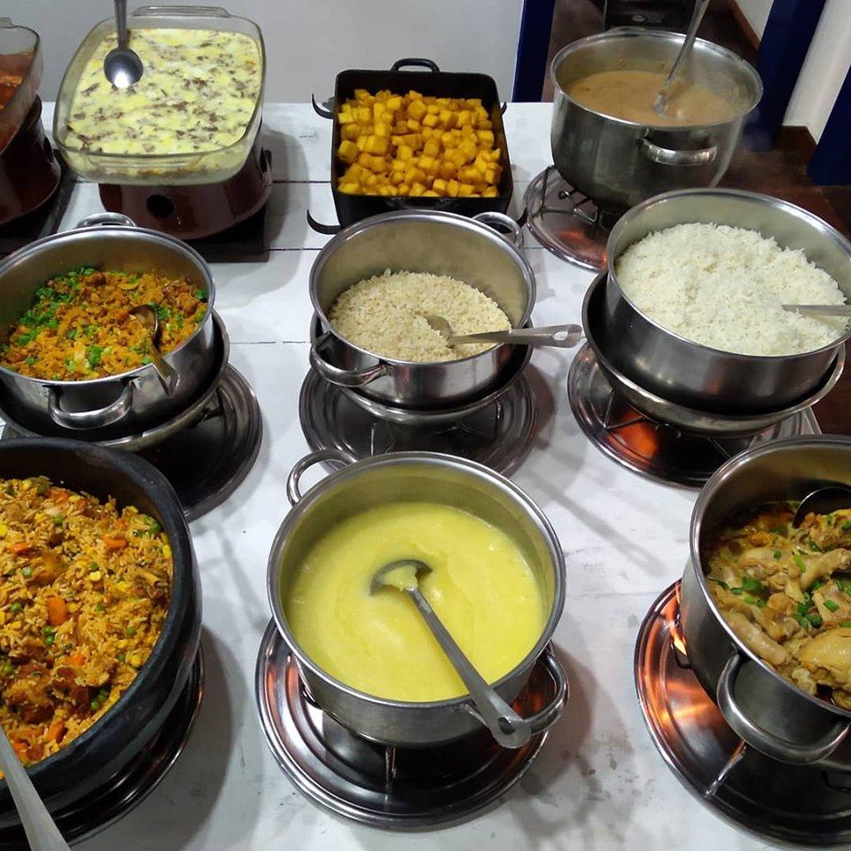 Buffet do restaurante Dedo de Moça. Foto: Reprodução/Facebook