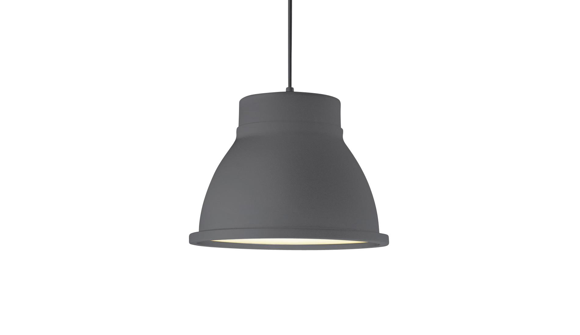 O design moderninho da luminária Unfold Form Us With Love, da Muuto, fica por conta da cúpula cinza de borracha. Com base em alumínio e difusor de vidro, pode ser encontrada na Ontwerp por R$ 1.564.