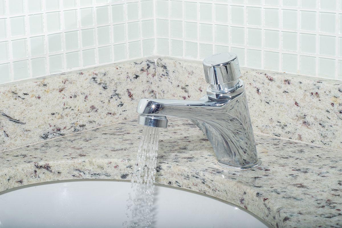 Arejadores nas torneiras proporcionam consumo reduzido de água.  Foto: RAC Engenharia / Divulgação