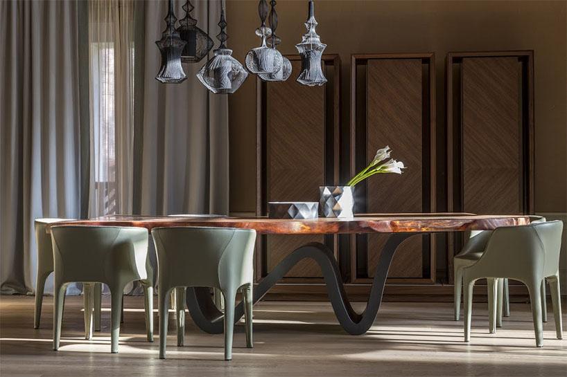 Marcenaria inteligente e design brilham em casa de férias