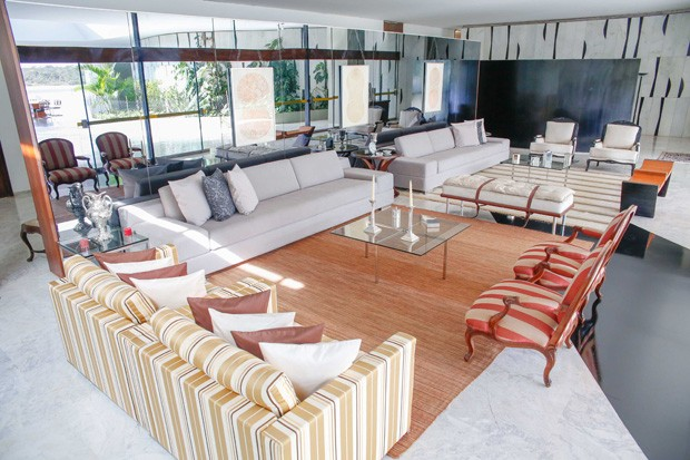 Sala de estar do Palácio Jaburu. Foto: Anderson Riedel / Divulgação.