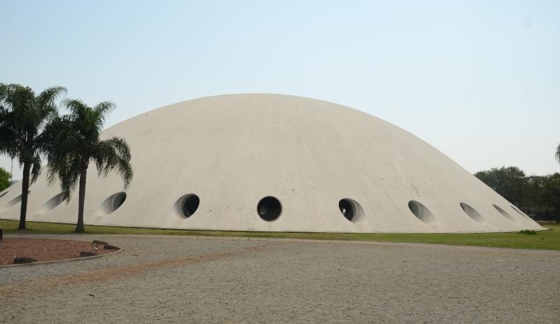 Dez anos após tombamento, portaria que reconhece valor histórico das obras de Niemeyer é publicada