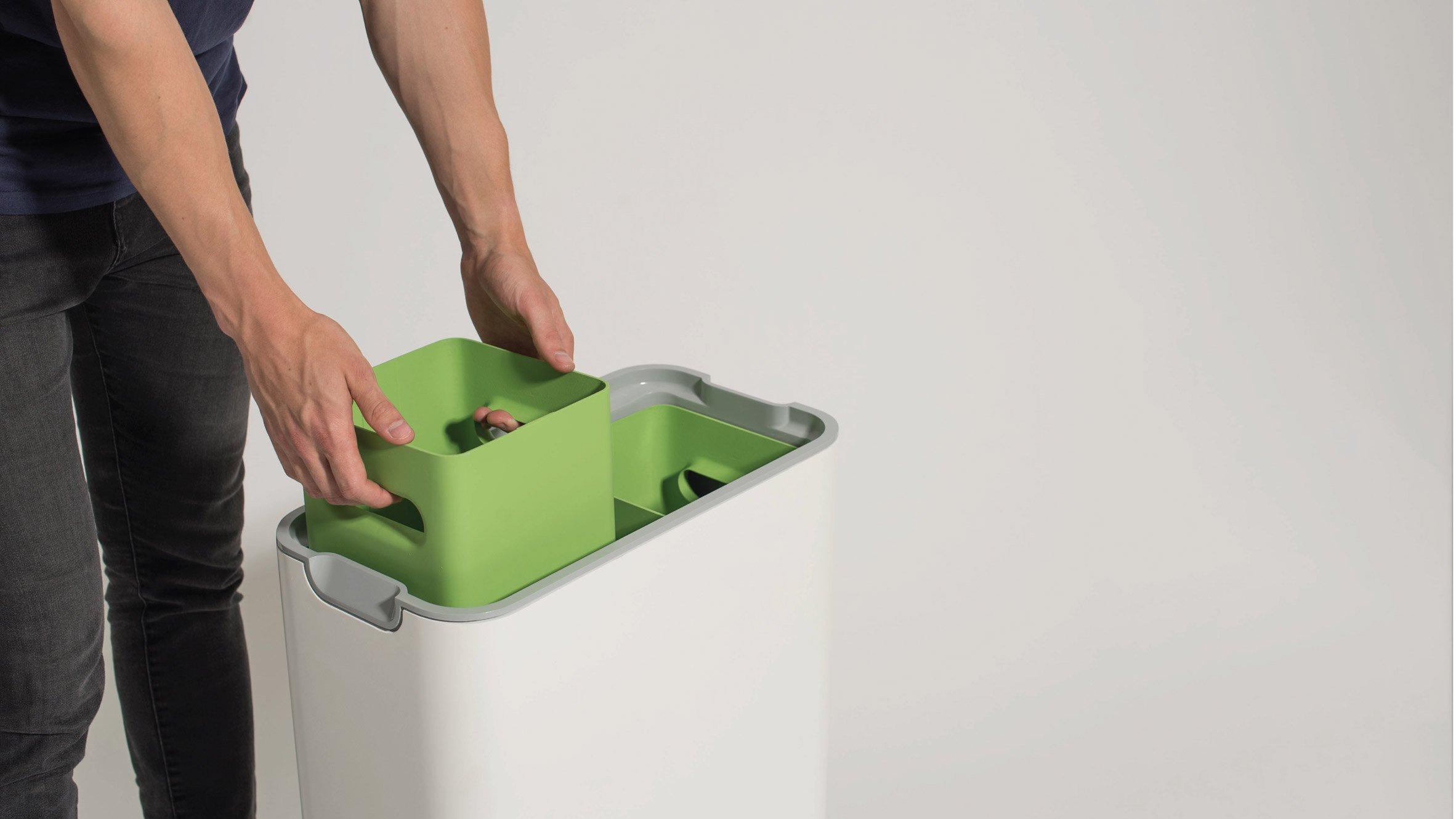 Compartimento separados e vedados garantem que os alimentos em decomposição não exalem cheiro.