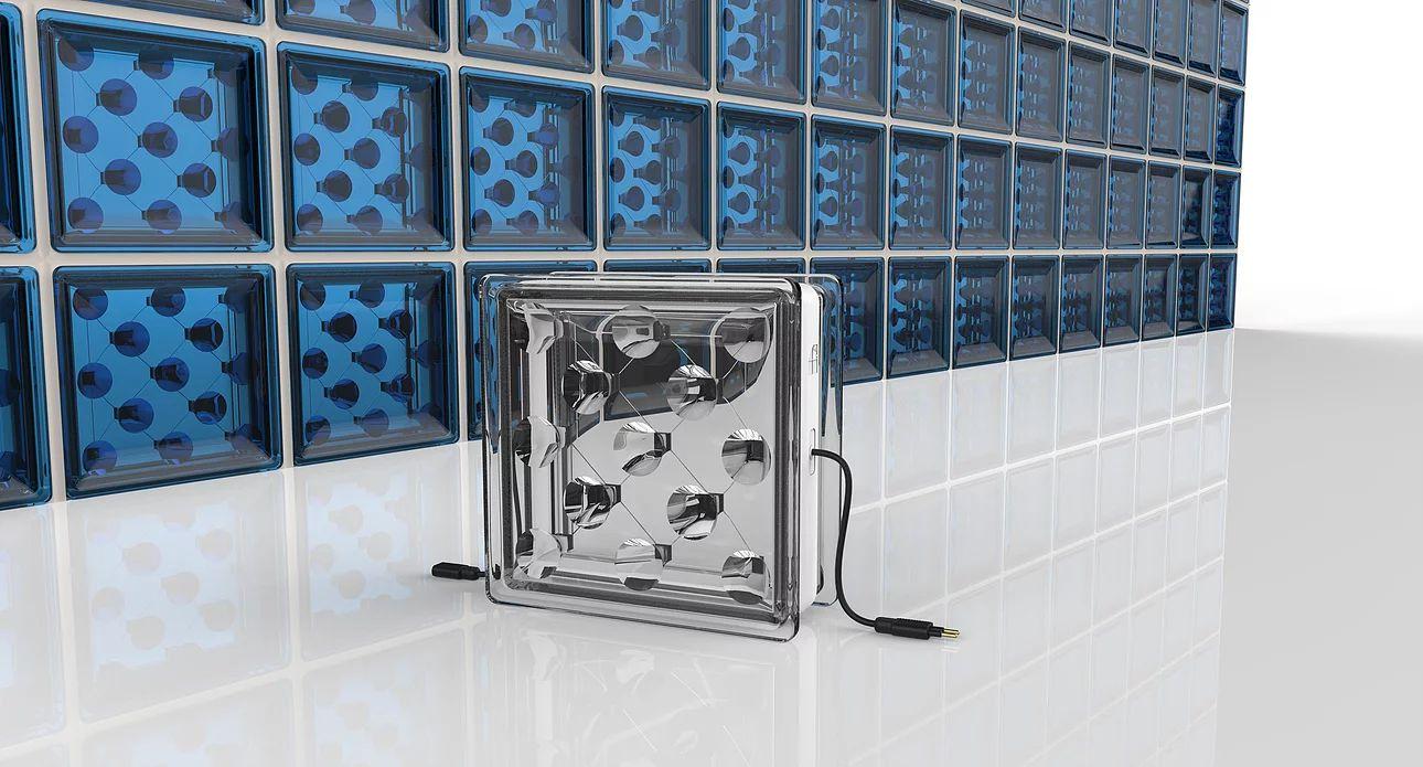 Blocos de vidro que geram energia foram criados por pesquisadores da Universidade de Exeter, na Inglaterra.  Foto: Reprodução
