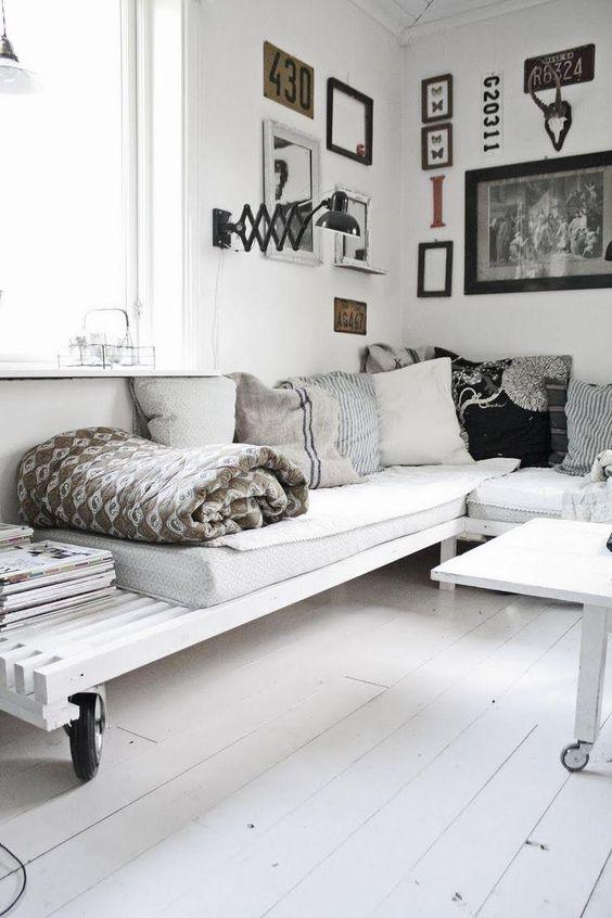 A combinação de almofadas faz toda a diferença na composição do ambiente. Foto:  Pinterest