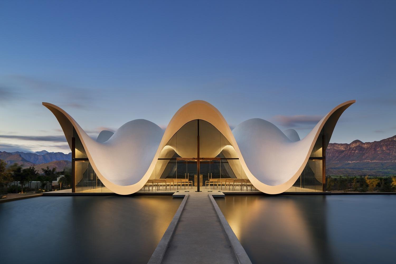 Capela Bosjes, Cidade do Cabo, África do Sul / Steyn Studio. Foto: Adam Letch/arcaidimages.com/Sto.