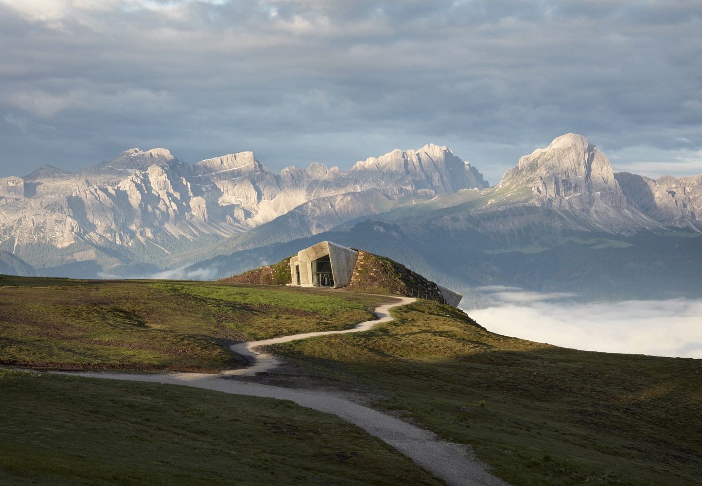Museu Messner da Montanha Corones / Zaha Hadid Architects. Foto: Tom Roe/arcaidimages.com/Sto.