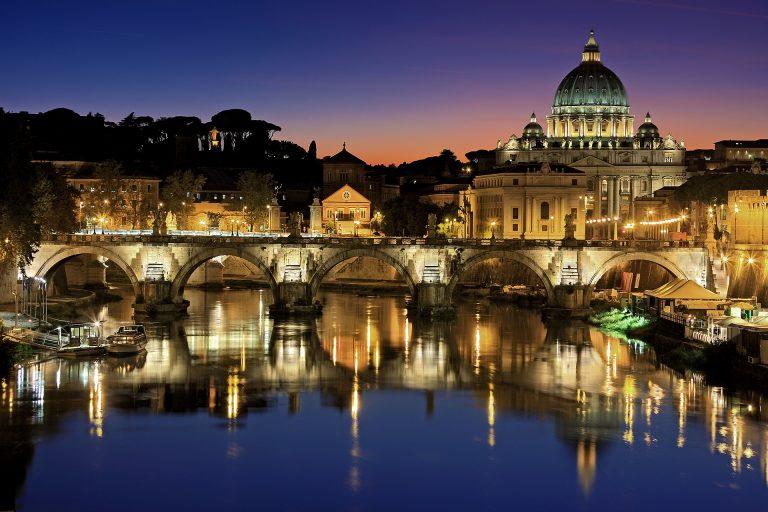 Bolsas de estudo na Itália são oferecidas para recém-formados em diversos cursos, entre eles Arquitetura, Design e Engenharia. Foto: Pixabay