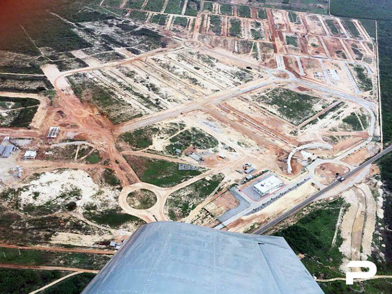 Vista aérea mostra a cidade inteligente em fase de construção no Ceará. Imagem: Divulgação.
