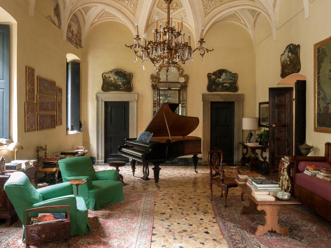 A casa usada pelo filme fica próxima a Milão, no norte da Itália. Foto: Reprodução/House & Loft