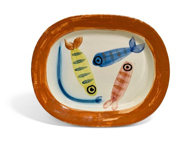 """Peça """"Quatre poissons polychromés"""" tem 39cm de diâmetro e foi pintada em 1947. Foto: divulgação"""