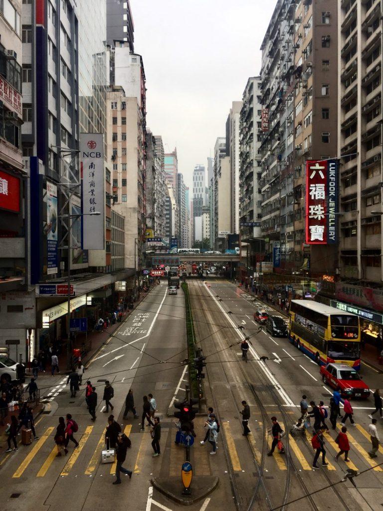 """A cultura, a arquitetura e a """"viagem"""" que é conhecer Hong Kong, no olhar da arquiteta Daniela Busarello. Fotos: Arquivo Pessoal."""