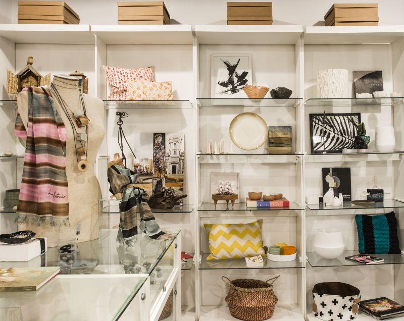 Loja é uma boa pedida para encontrar presentes originais. Foto: Leticia Akemi/Gazeta do Povo