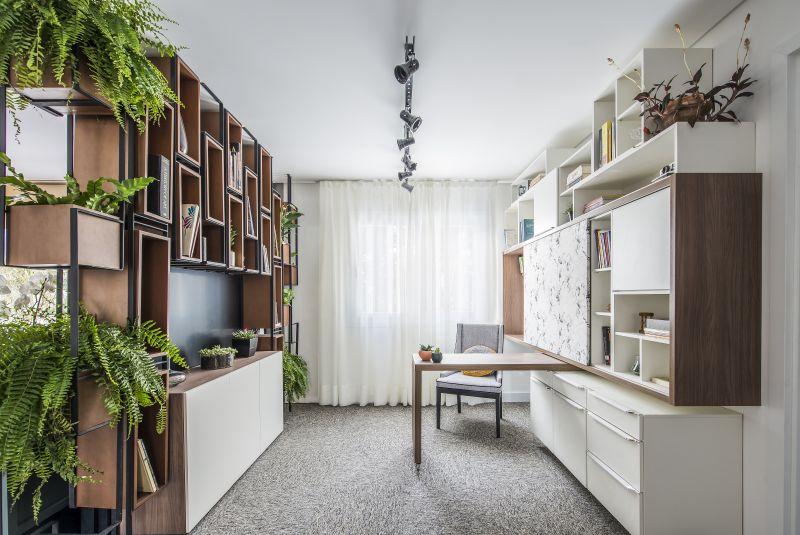 Mansão construída com contêineres ganha mostra de decoração em Curitiba; conheça os 21 ambientes