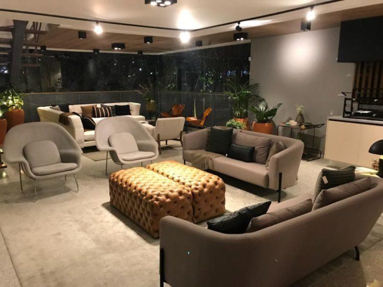 Mostra apresenta viagem no tempo a partir de apartamentos decorados
