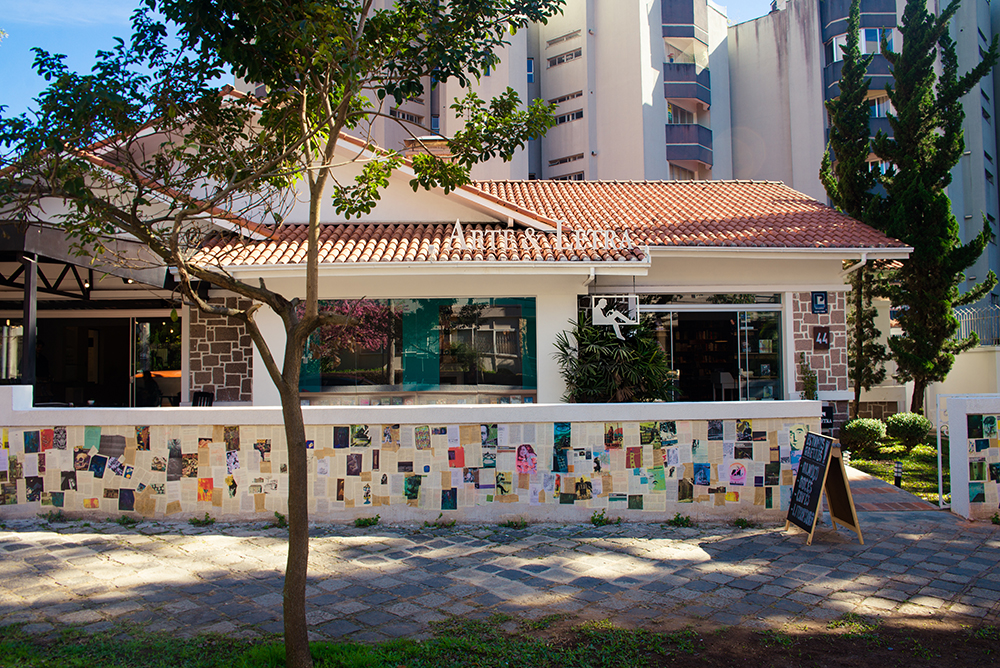 19 cafés com decoração legal para conhecer em Curitiba