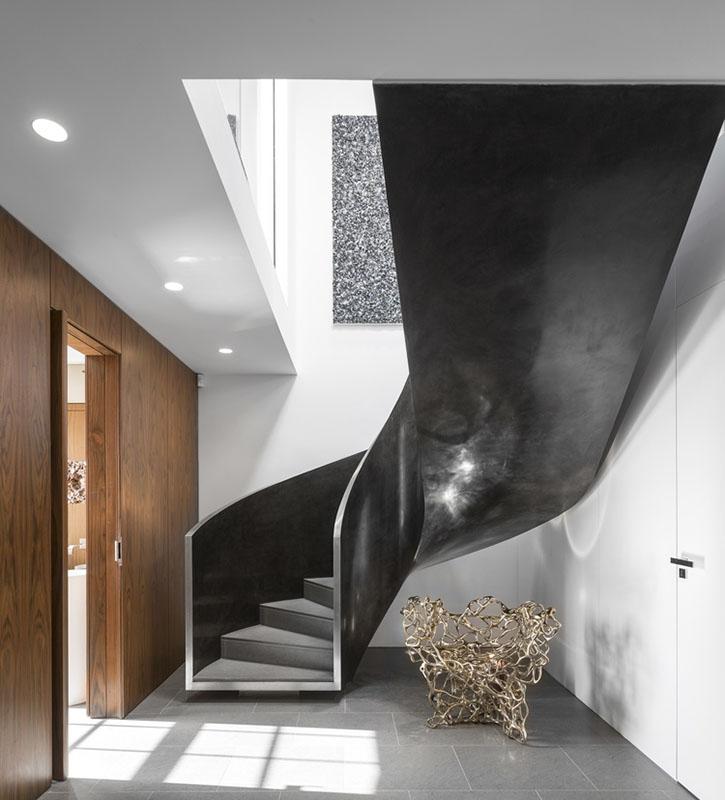 Escada de projeto em Londres vencedor do prêmio A'Design Award 2016. Foto: Fernando Guerra/Reprodução.