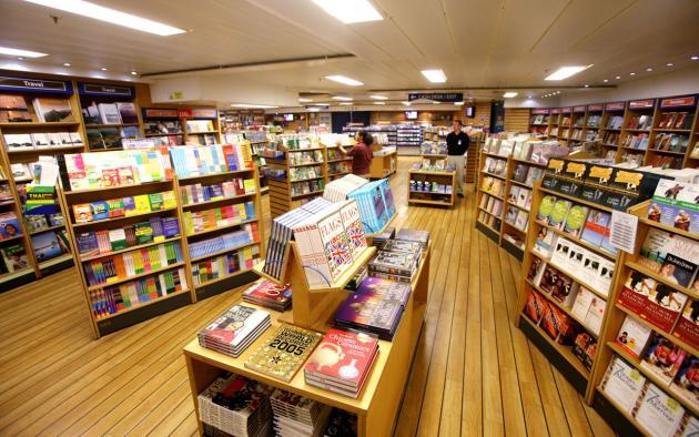 Maior livraria flutuante do mundo vai atracar em cinco cidades brasileiras