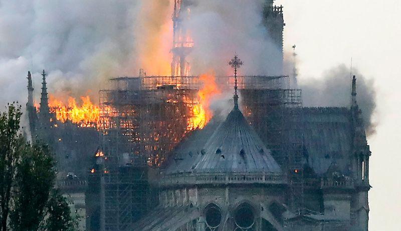 Catedral de Notre-Dame em chamas. Foto: Francois Guillot/ AFP