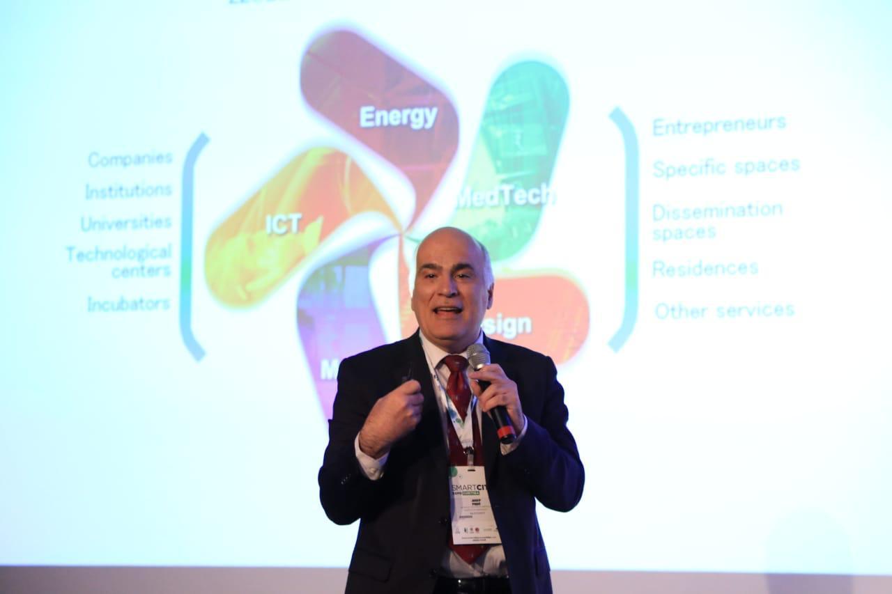 Josep Pique, ex-CEO da 22@Barcelona, foi um dos destaques entre os palestrantes da Smart City Expo Curitiba 2019, que aconteceu em março. Foto: Michel Willian/Gazeta do Povo