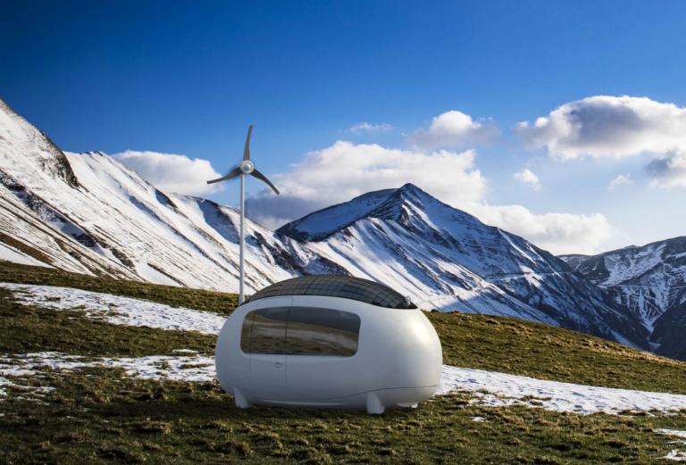 A Ecocápsula é uma microcasa de 6,3 m² que utiliza energia solar, eólica e ainda filtra a água da chuva. Você viveria em um espaço tão pequeno? Foto: Divulgação
