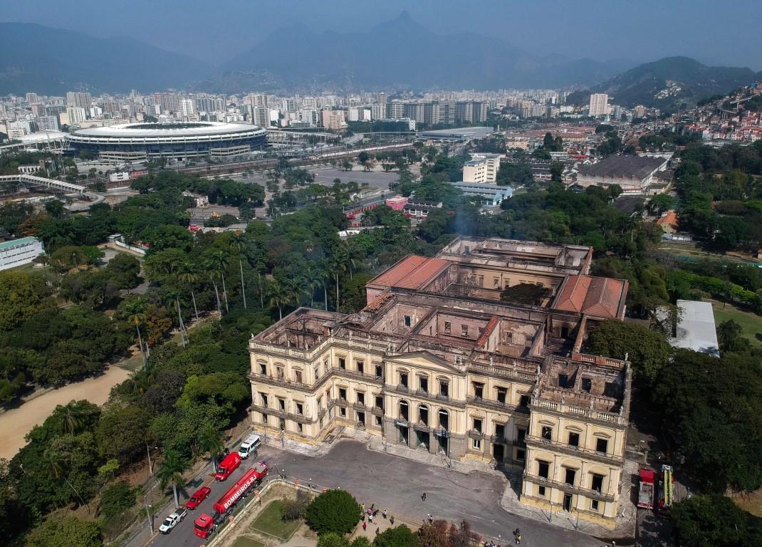 O que sobrou do prédio do Museu Nacional após o incêndio. Foto: Mauro Pimentel/AFP
