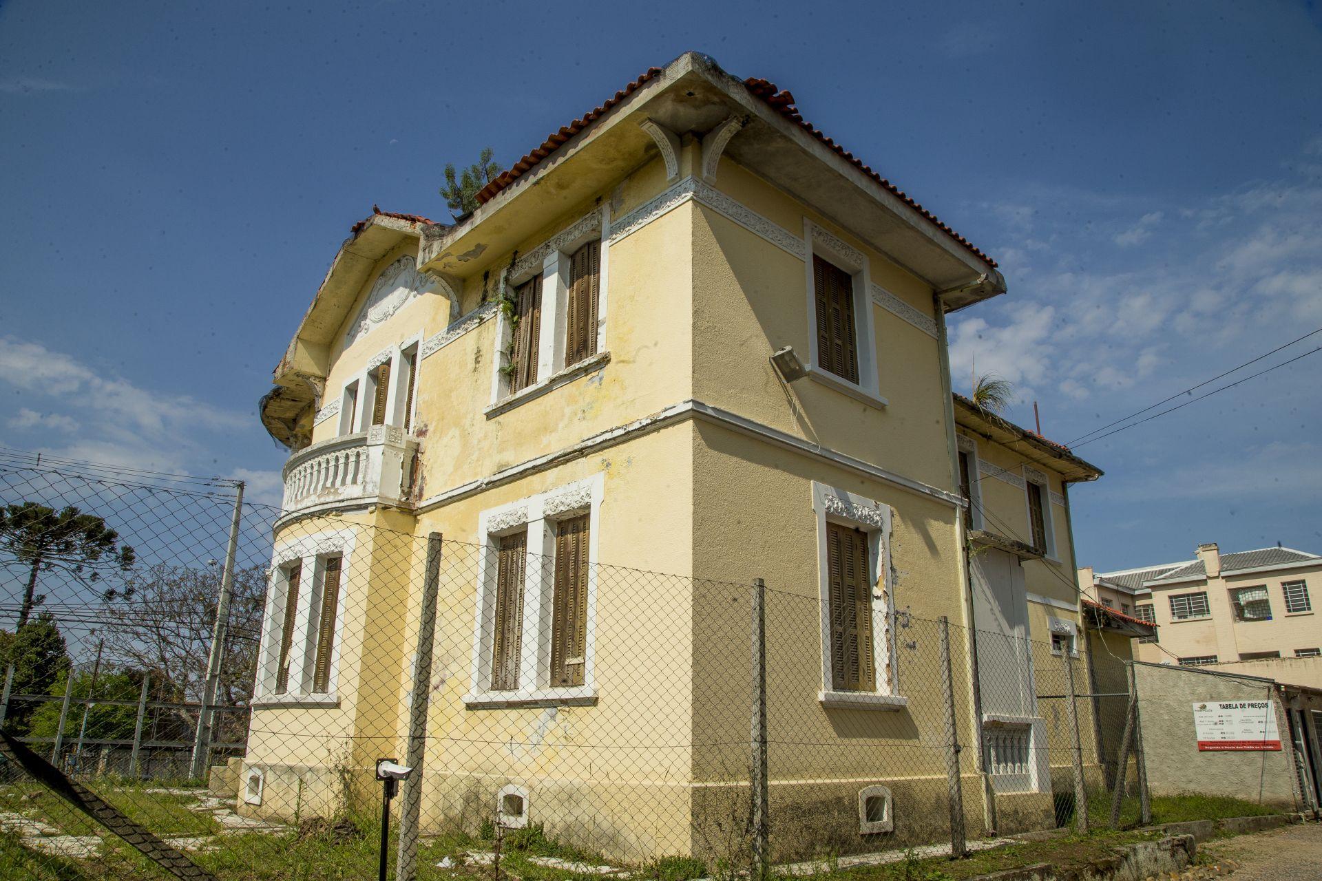 As Villas eram residências espaçosas, características das primeiras décadas do século XX. Foto: Hugo Harada/Gazeta do Povo