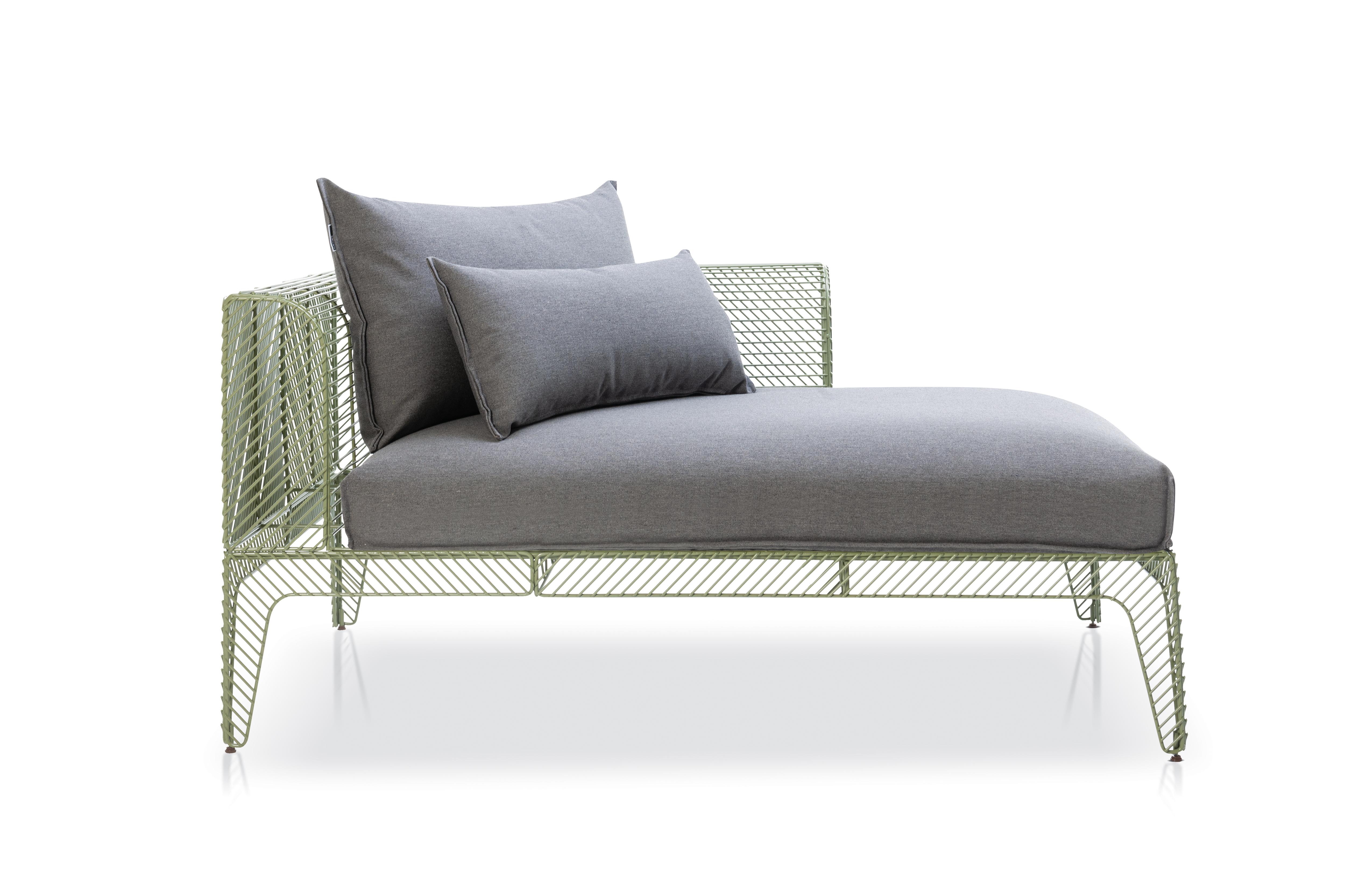 Aço inoxidável e conceito tropical marcam linha de móveis assinada por Jayme Bernardo