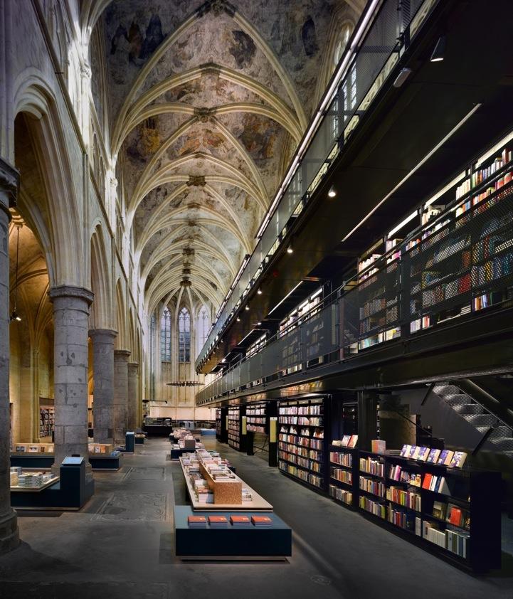 Livraria Selexyz Dominicanen, em Maastricht, Holanda. Foto: divulgação