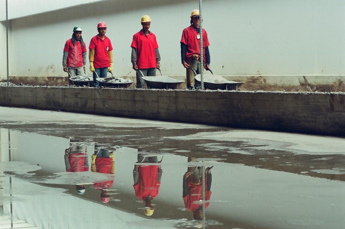 Fotos inéditas mostram os seis meses de construção do MON