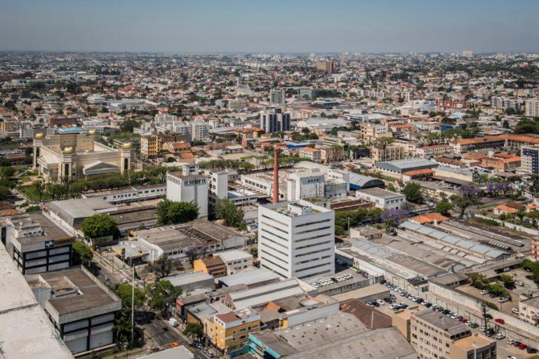 Vista aérea do Vale do Pinhão, que integra áreas do Rebouças e do Prado Velho. Foto: Letícia Akemi/Gazeta do Povo
