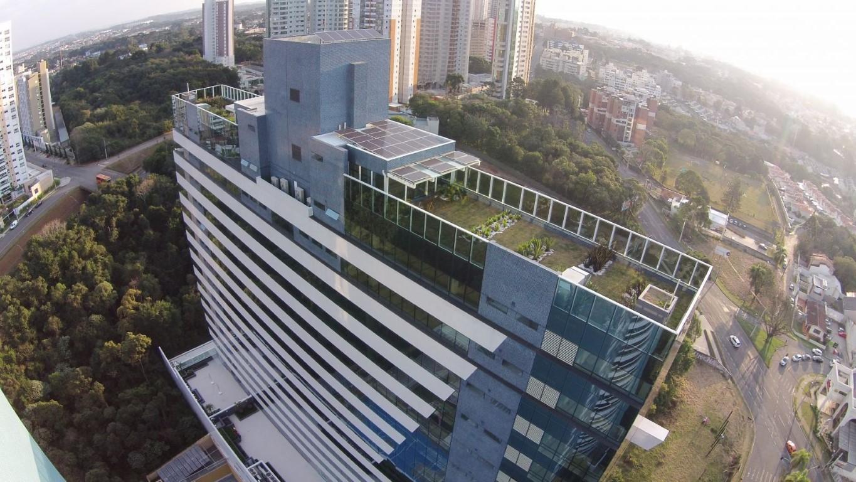 Prédio de Curitiba é o primeiro do mundo a ganhar certificação de autossuficiência em água