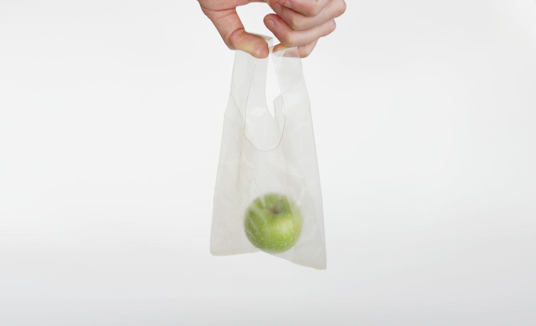 Novo material é ideal para substituir o plástico em situações em que ele só é usado uma vez. Foto: divulgação