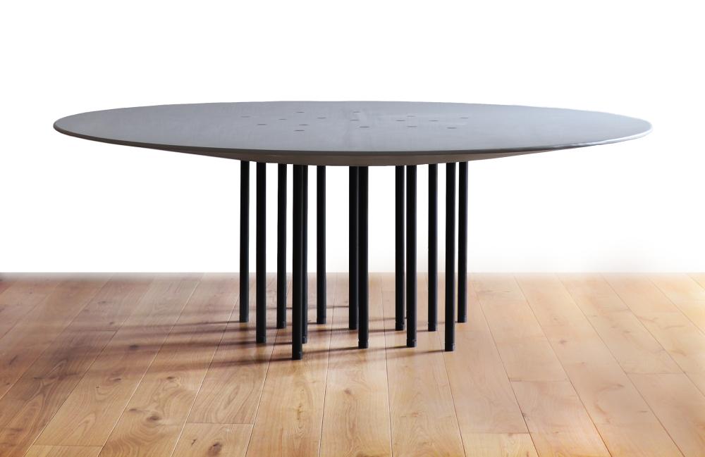 A mesa Alfa foi a primeira colocada na categoria de Mobiliário. Foto: Divulgação