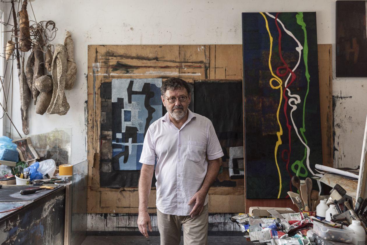 Ateliê de José Antonio ganha forma em espaço separado no terreno. Foto: Fernando Zequinão/Gazeta do Povo