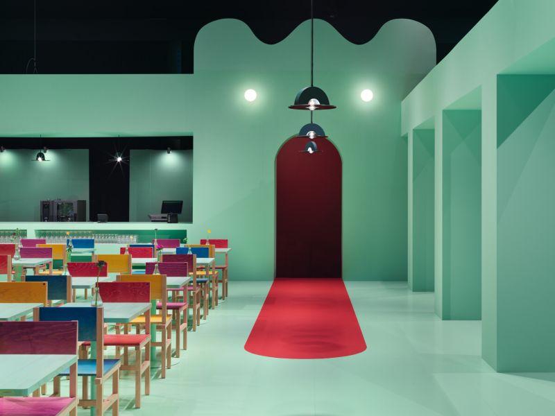 O Bar de Design, assinado pelo designer Fredrik Paulsen, é um dos destaques do evento. Foto: Jonas Lindstrom