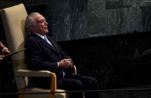 Temer vê debandada em massa enquanto discursa na ONU: e agora, golpista?
