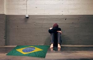 O complexo de vira-latas do povo brasileiro e o narcisismo às avessas
