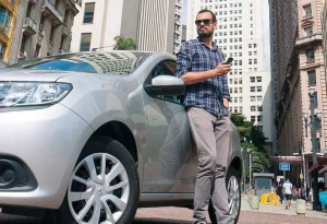 Repórter da Veja resolve trabalhar com Uber por uma semana e resultado é uma dura lição ao jornalismo