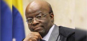 Joaquim Barbosa defende redução do papel do estado na economia